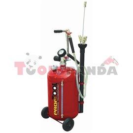 Уред за източване на масло от двигатели с обем на резервоара 30 литра.